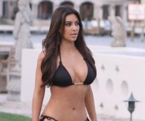 Kim Kardashian threatens LA paparazzi with lawsuit