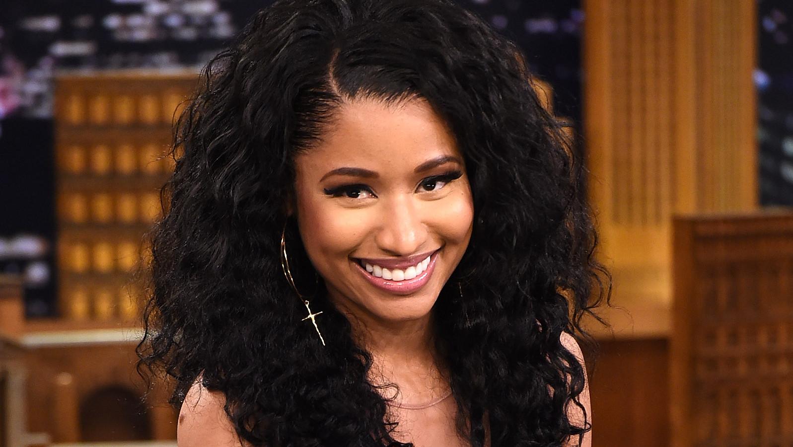 Nicki Minaj Smiling 2015 Www Pixshark Com Images