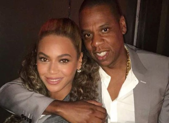 Watch Jay Z protect Beyoncé from an intrusive fan