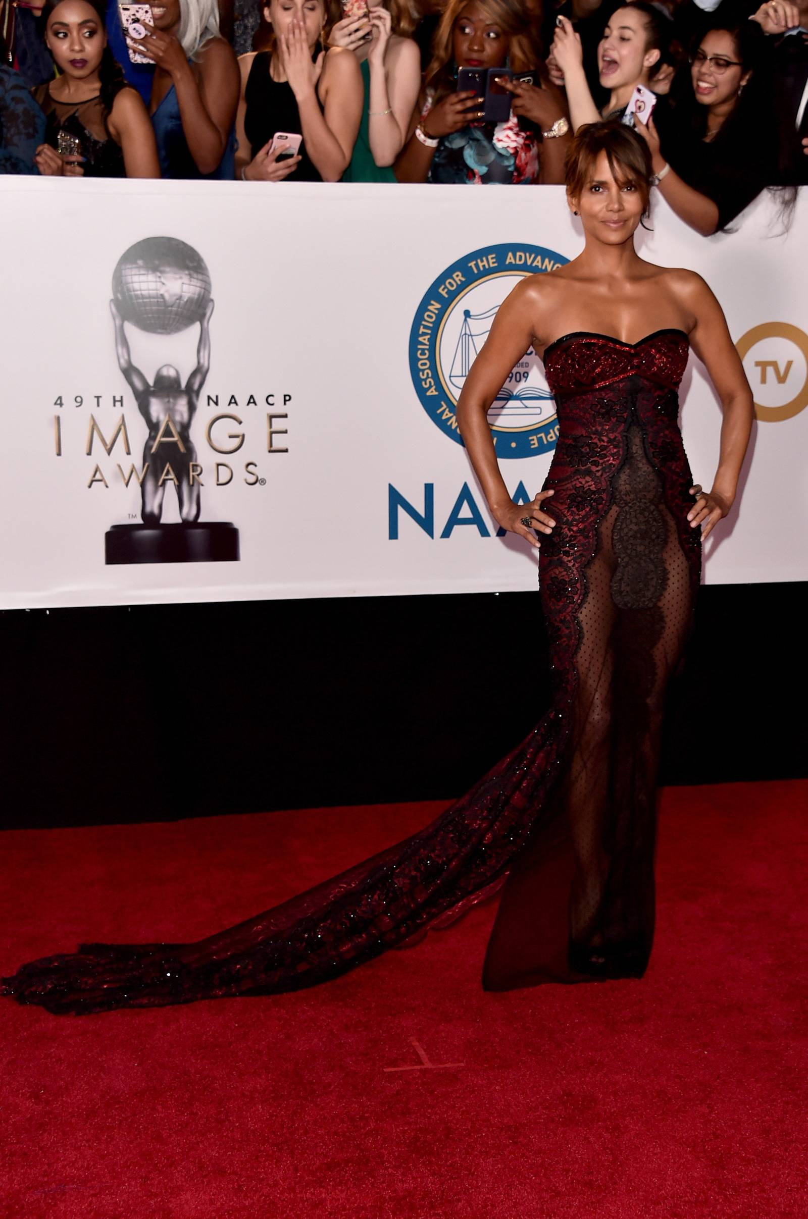 Halle Berry (Photo by Alberto E. Rodriguez/Getty Images for NAACP )