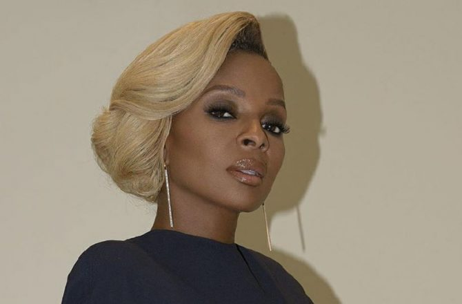 mary-j-blige-hollywood-walk-of-fame-2018